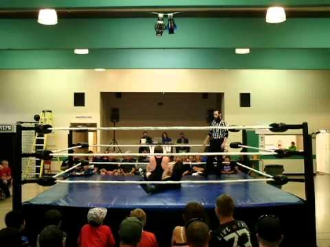 Kenny Doll vs Lak Siddartha - VIPW