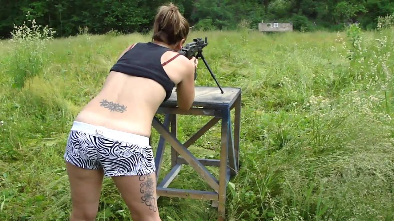 Hot Chick In Camo With Dog In Show