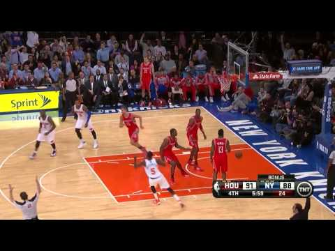 Andrea Bargnani big 3-pointer - Rockets @ Knicks - 2013.11.14
