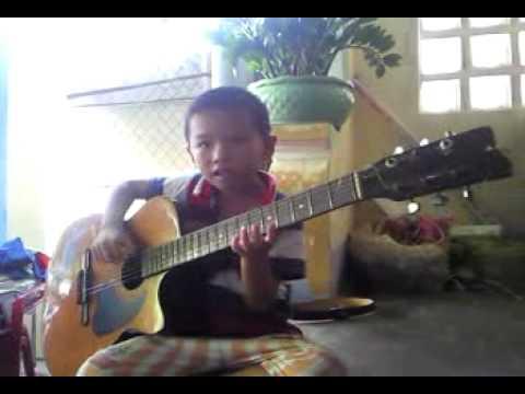 5 tuoi choi guitar hay nhat viet  nam(quy nhon- binh dinh)