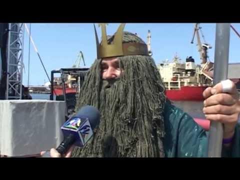 Смотреть видео Вентспилскому порту - 750 лет, празднование дня моря - 2013