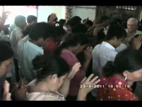 Leaders Conference 3 days in Chhouk Church through CADSPC in April 2011 Part 2.flv