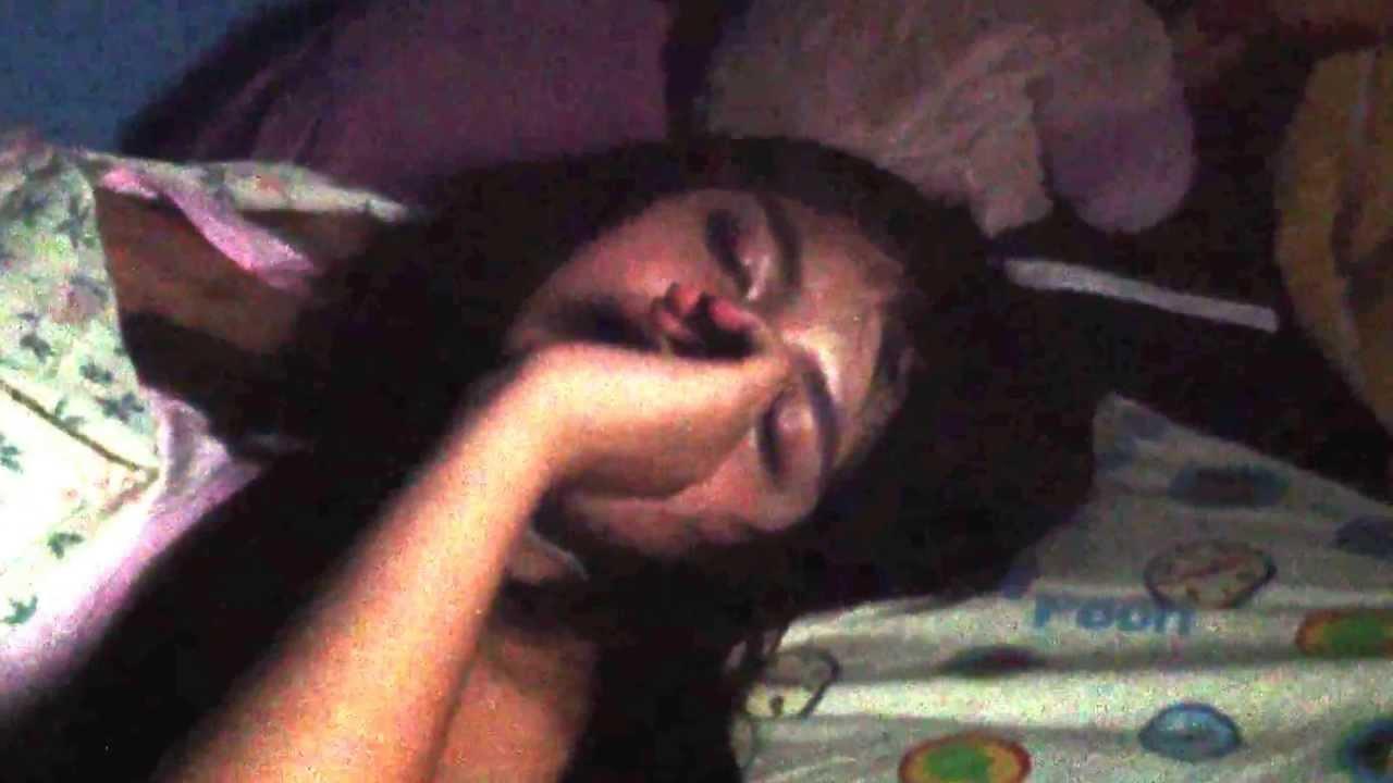image Mia cugina che dorme e io non resisto 3