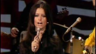 "Waylon Jennings And Jessi Colter ""I Ain't The One"""