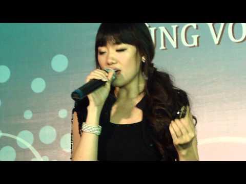 Nhóm nhạc nữ Hàn Quốc KISS