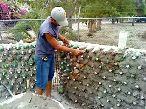 Construyendo con botellas 4 youtube for Construccion de casas