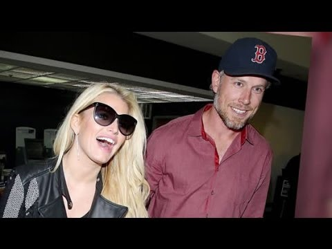 Jessica Simpson Ties the Knot with Eric Johnson