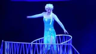 "FROZEN Disney on Ice ""Let It Go"" Ice Skating Elsa"