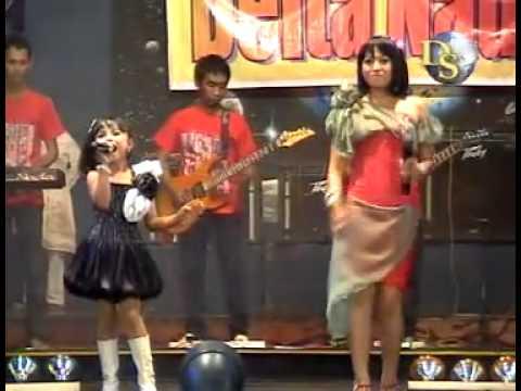 Sayang, Lilin H & Tasya R. * DELTA NADA - Sidoarjo(Taman Remaja Sby, Sept 2010)