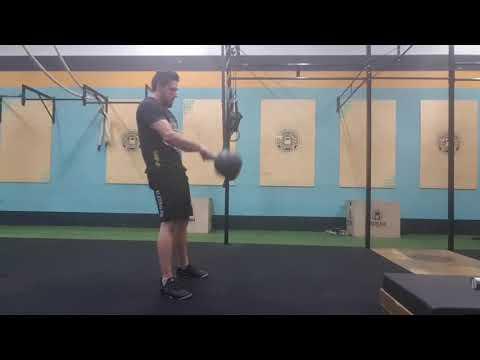 Heavy Russian Kettlebell Swing 40kg - Crossfit Dádiva