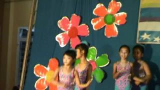 Chiec Thuyen Nang Thanh Vy