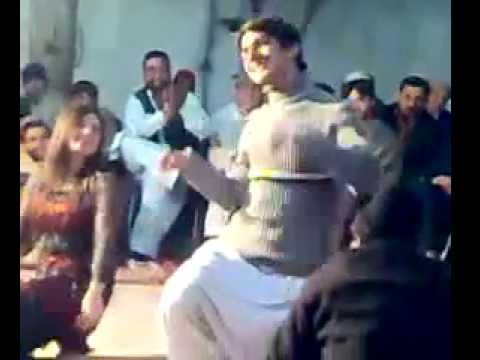 Peshawar hot saxy private Pashto Mujra dance Program 2014  with hot gilrs mast saxy dance