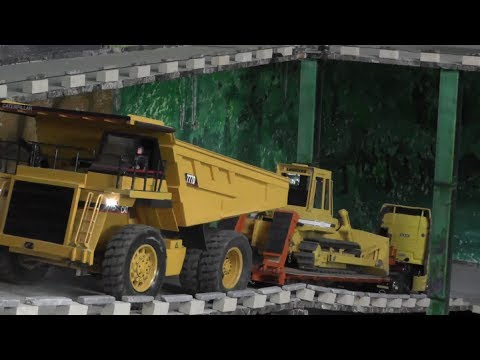 RC CONSTRUCTION SITE, RC HEAVY LOAD ON LOW LOADER, RC ROADWORKER