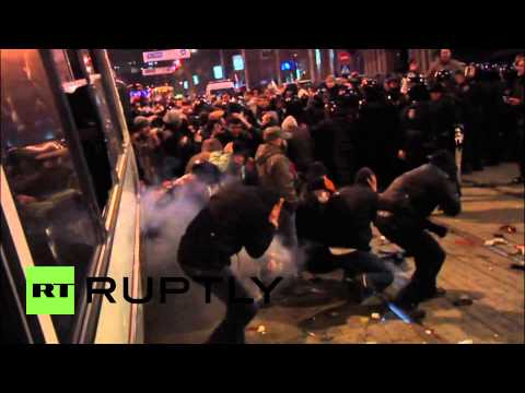 Ukraine: At least one dead in Donetsk protest clashes