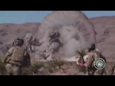 Quân đội Mỹ thả bom tiêu diệt quái vật khổng lồ ngoài hành tinh