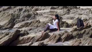 Oka-Criminal-Prema-Katha-Movie-Video-Song---Naa-Hrudayam-Female