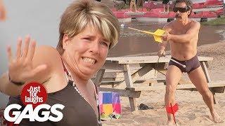 Peligroso juego de playa - Bromas