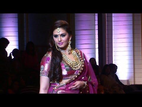 I Am Not So Important For Anurag Kashyap says Huma Qureshi
