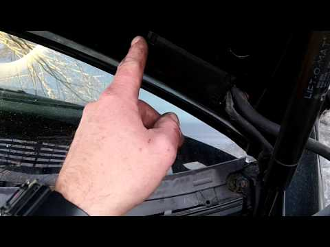 removing washer fluid lines and squirters..Mercedes w208,w210,w203  etc.