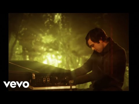 Keane - Somewhere Only We Know (Alternate Version)
