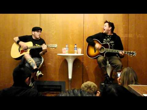 Hình ảnh trong video Bowling for Soup - Stacy's Mom (Fountains Of