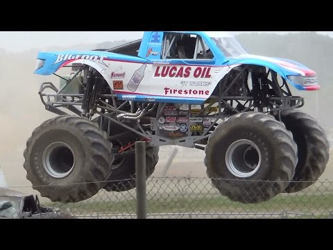 MONSTER TRUCK THUNDER DRAGS PT2 BLOOMSBUG 7-12-14