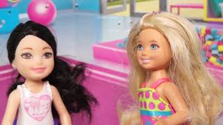 Rodzinka Barbie - Nowa koleżanka  przyjaciółka czy wróg?! Bajka dla dzieci po polsku. Odc. 104