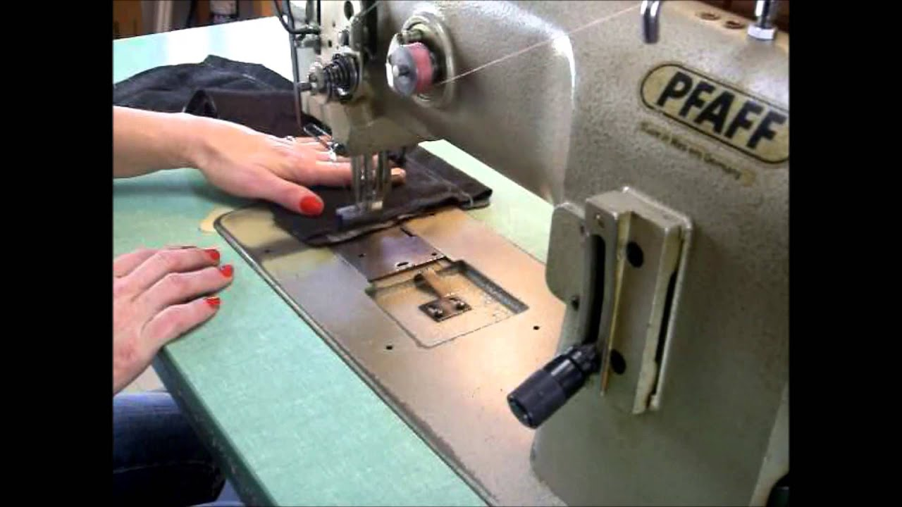 pfaff 1245 industrial sewing machine leather upholstery webbing youtube. Black Bedroom Furniture Sets. Home Design Ideas