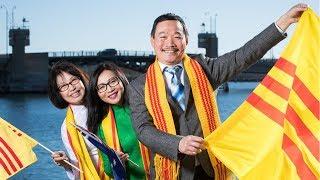Rừng Cờ Vàng treo khắp nước Úc cấm treo cờ Đỏ bất chấp sự phẫn nộ của Thủ Tướng Nguyễn Xuân Phúc