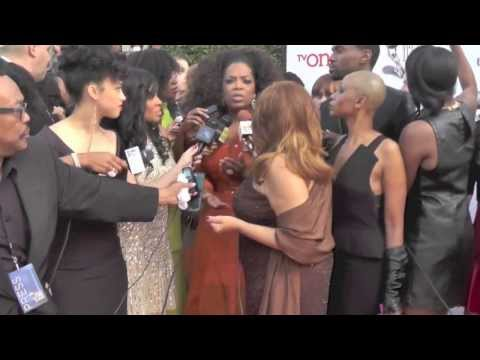 WATCH: Oprah Spotted on NAACP Image Award Red Carpet