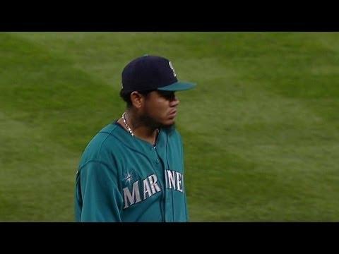 TB@SEA: King Felix ejected on his way to dugout