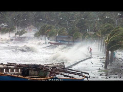 Witness: Typhoon Haiyan 'was incredibly intense'