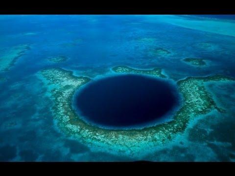AGUJEROS AZULES GIGANTES O CUEVAS SUBMARINAS. El gran agujero azul de Belice