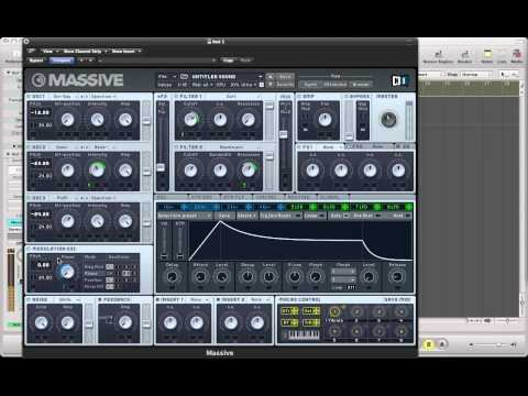 Drum & Bass Reese In Massive - Heavy Modulated Reese Bass With Raspy Top