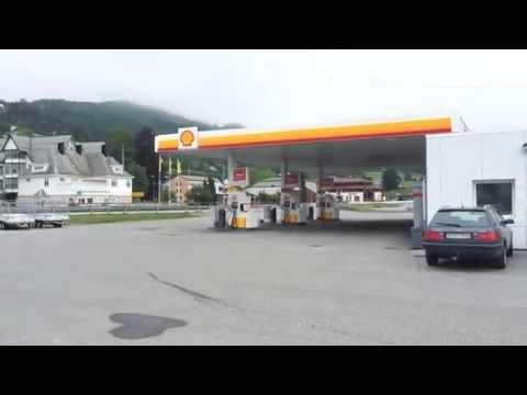 Norway Alesund Video 1 (Sjoholt) - Shell Petrol Station