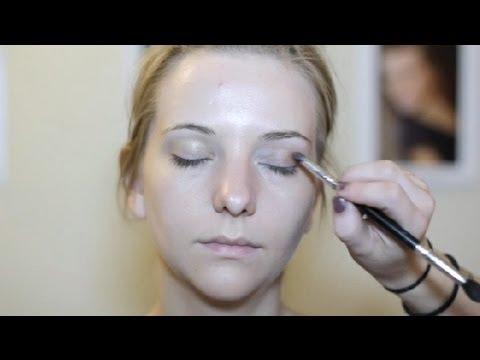easy makeup ideas for green eyes light brown hair