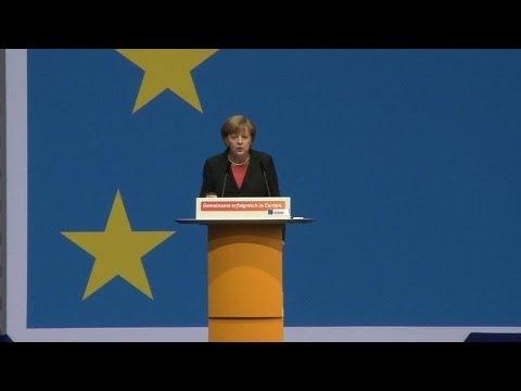 Ukraine: Merkel menace à nouveau Moscou de sanctions économiques