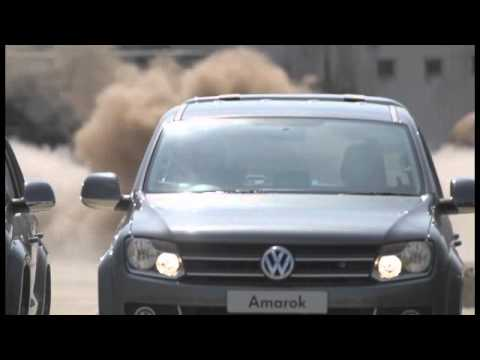Volkswagen Amarok doubles as a wrecking crew [video]