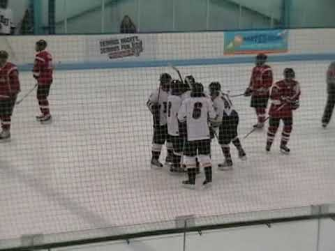 Loyola University Chicago 6 vs. Illinois State Icebirds 1 Hilites