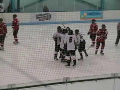 Loyola University Chicago 6 vs. Illinois State Icebirds 1 Hilites