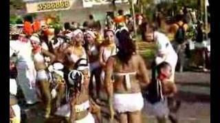 CHICAS RICAS
