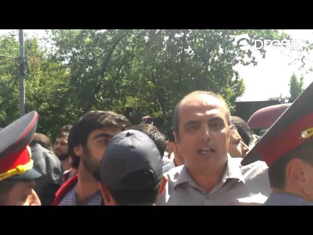 Մաքսային միության դեմ. բողոքի ցույց նախագահականի դիմաց