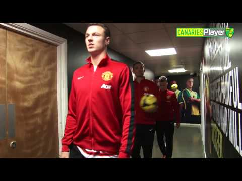 Manchester United's Darren Fletcher Toys With Camera