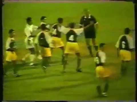 Video clip Hài hước trong bóng đá