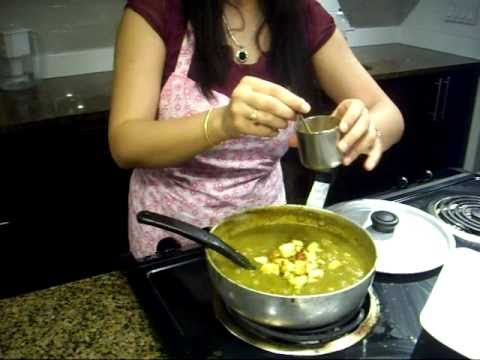 Palak Paneer, Indian Spinach recipe, Spinach with Cottage Cheese
