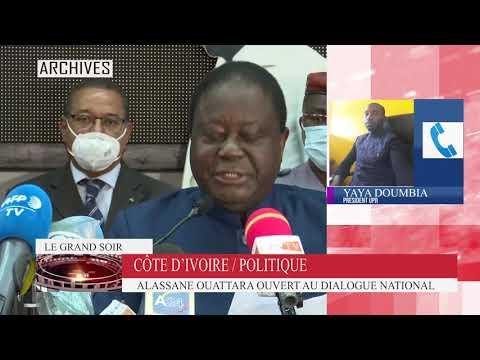 Le président Alassane Ouattara a prêté serment sur la constitution.  Un fait inédit en Côte d'Ivoire
