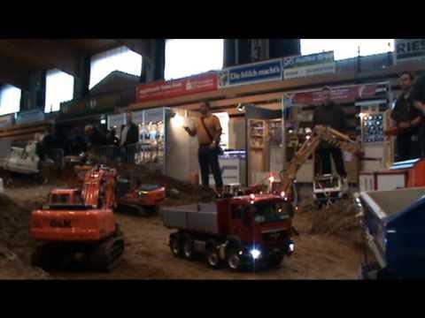 RC - Modelltruck: Mini Baustelle Alsfeld 2013 diverse Arbeiten bei der Grossbaustelle...