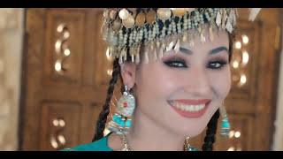 Превью из музыкального клипа Бунёдбек Саидов - Уч сум пул