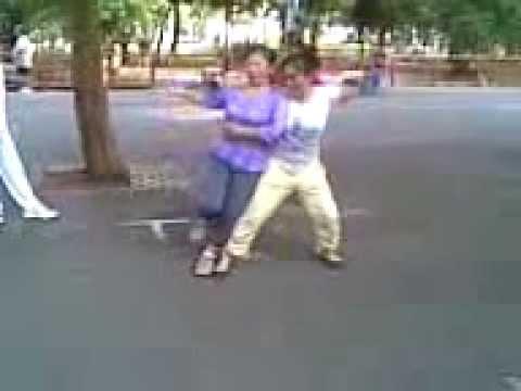Khieu vu Cv 23/9 dạy học nhảy Rumba.3gp