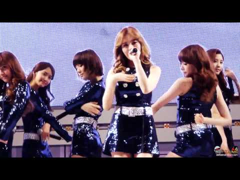 [Fancam] 110403 SNSD - Visual Dreams + Hoot + Gee @LG Cinema 3D game Festival